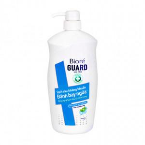 Sữa tắm sạch sâu kháng khuẩn mát lạnh sảng khoái Bioré Guard (800g)